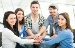 Otwarte spotkania grupy wsparcia pomagają wytrwać wabstynencji