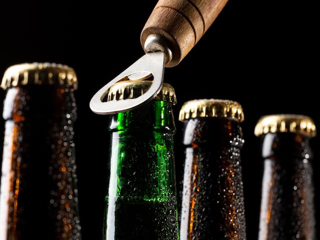 Czy alkoholik może pić piwo bezalkoholowe